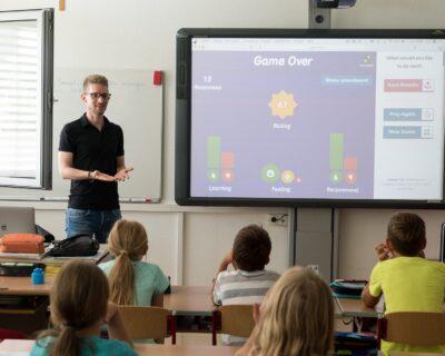 Педагогическое образование: педагог основного и среднего общего образования